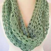 Easy Crochet Cowl - Free Pattern