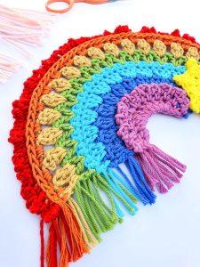 Free crochet rainbow pattern