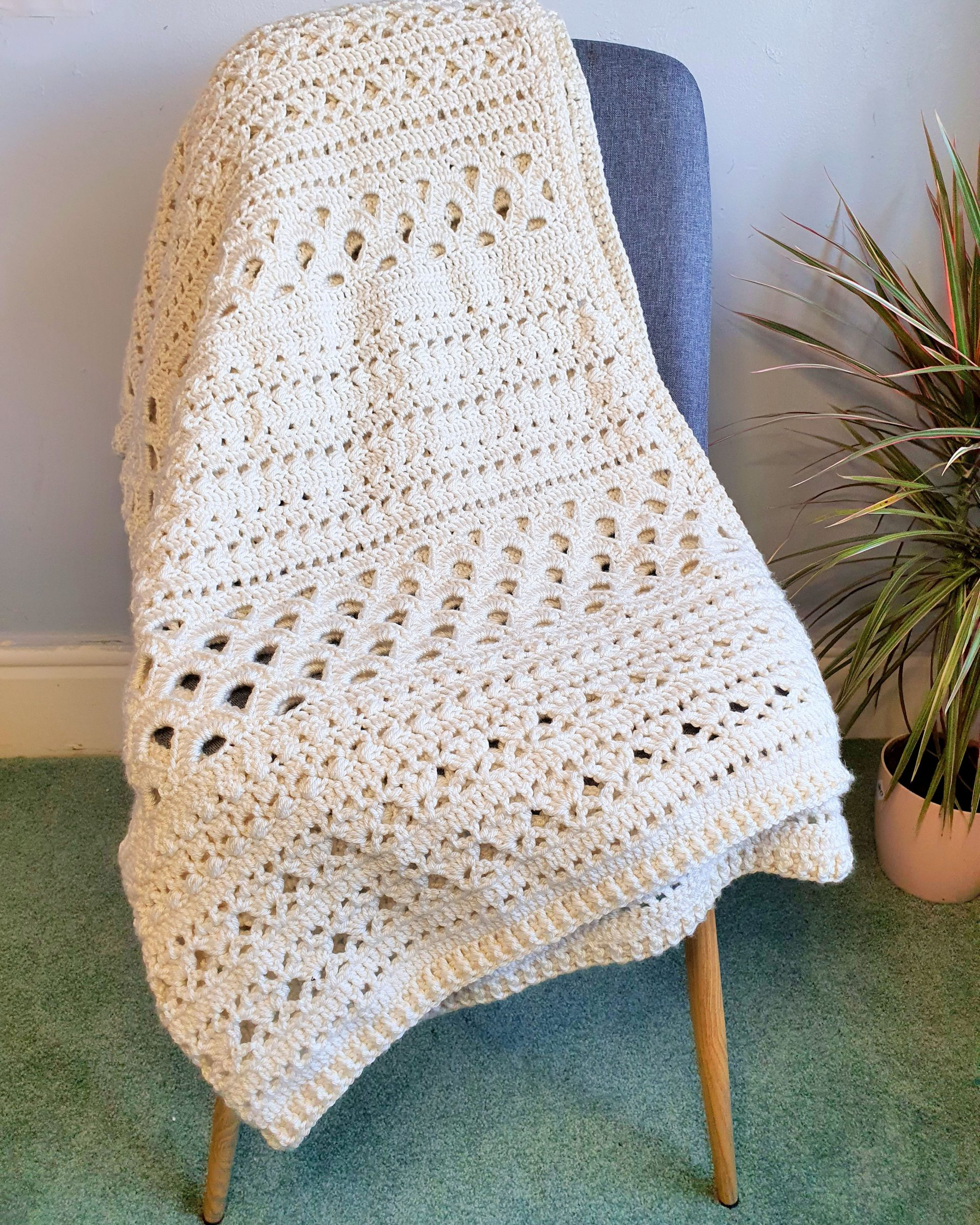 Free crochet sampler blanket pattern